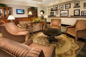 Lobby - Drury Inn & Suites West Des Moines