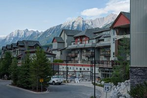 Exterior view - Lodges at Canmore