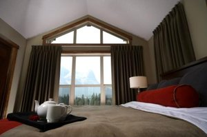 Suite - Fire Mountain Lodge Canmore