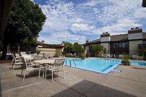 Pool - Inn at Tallgrass Wichita
