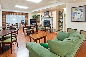 Lobby - Mountain Inn & Suites Erwin