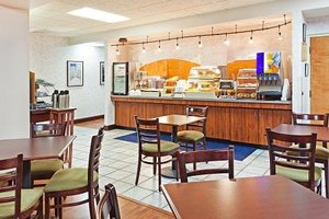 Restaurant - Mountain Inn & Suites Erwin