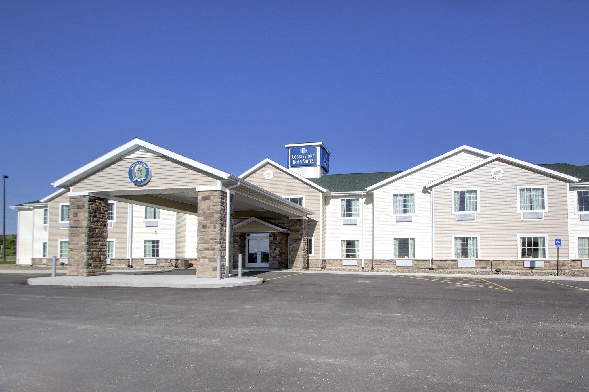 Avoca, IA - Cobblestone Inn & Suites