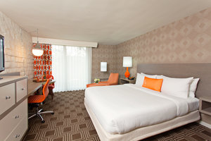 Room - Garland Hotel North Hollywood