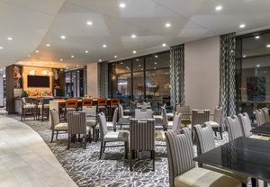 Restaurant - Fairfield Inn & Suites by Marriott Cambridge