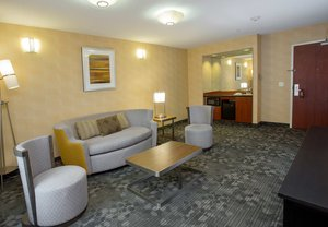 Room - Courtyard by Marriott Hotel Raynham
