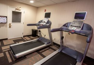 Fitness/ Exercise Room - Courtyard by Marriott Hotel Raynham