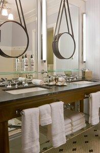 Room - Hotel Jerome Aspen