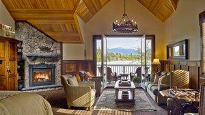 Room - Mirror Lake Inn Resort & Spa Lake Placid