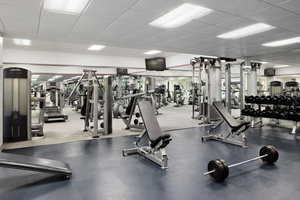 Fitness/ Exercise Room - DoubleTree by Hilton Hotel Airport Miami