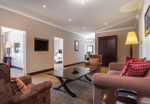 Family Room - Lounge Area