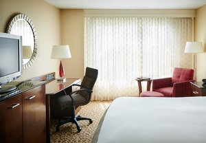 Room - Marriott Hotel Downtown Des Moines