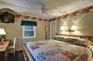 Room - Mitchells Lodge & Cottages Highlands
