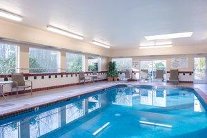 Pool Holiday Inn Express Hotel Suites Burlington