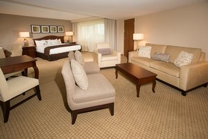 Suite - DoubleTree by Hilton Hotel Airport Orlando