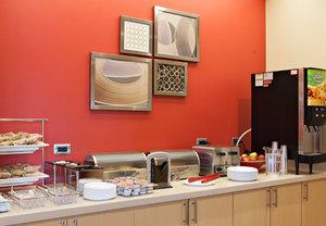 Restaurant - TownePlace Suites by Marriott Wareham