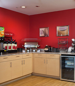 Restaurant - TownePlace Suites by Marriott Airport Savannah