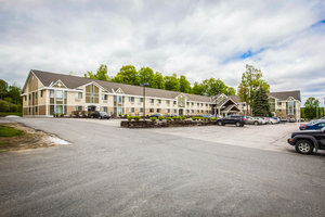 Exterior view - Comfort Inn & Suites at Maplewood Montpelier