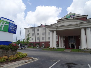 Exterior view - Holiday Inn Express Hotel & Suites Tuscaloosa