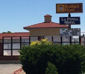 Exterior view - Budget Host La Fonda Motel Liberal