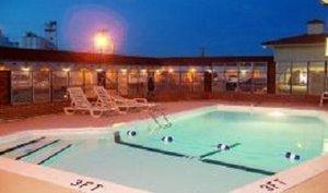 Pool - Budget Host La Fonda Motel Liberal