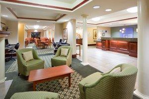 Lobby - Holiday Inn Express Hotel & Suites Cedar Rapids