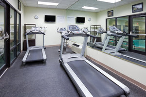 Fitness/ Exercise Room - Holiday Inn Express Hotel & Suites Cedar Rapids