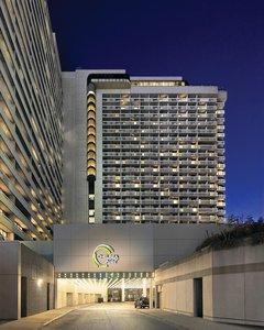 Exterior view - Chelsea Hotel Toronto