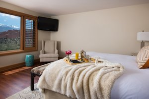 Room - Garden of the Gods Club & Resort Colorado Springs