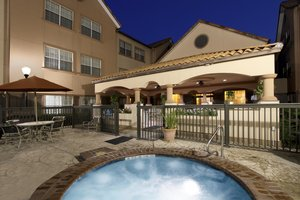 Pool - Homewood Suites by Hilton The Woodlands