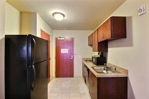 Suite - Boarders Inn & Suites Oshkosh