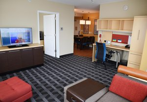 Room - TownePlace Suites by Marriott Downtown Lawrence