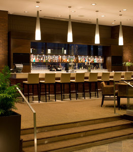 Bar - Delta Hotel by Marriott Calgary Downtown