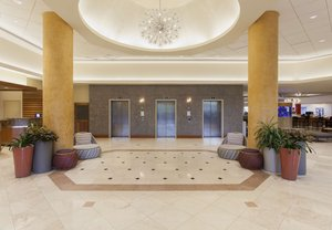 Lobby - Courtyard by Marriott Hotel Beach Resort Isla Verde