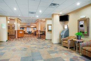 Lobby - Holiday Inn Otsego