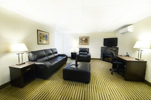 Suite - Victoria Inn & Conference Centre Winnipeg