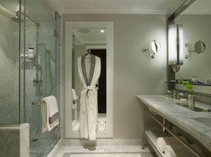 - Surrey Hotel New York