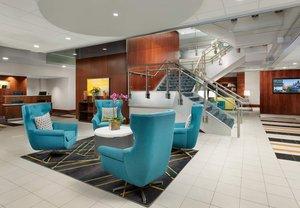 Lobby - Courtyard by Marriott Hotel near Harvard Cambridge