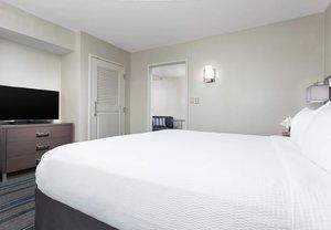 Room - Courtyard by Marriott Hotel near Harvard Cambridge
