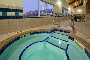 Pool - Holiday Inn Express Hotel & Suites Aberdeen