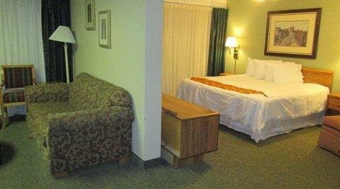 2 Room / 2 Bathroom Suite