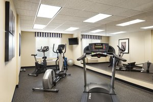 Fitness/ Exercise Room - Country Inn & Suites by Radisson Shoreview