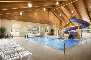 Pool - Country Inn & Suites by Radisson Shoreview