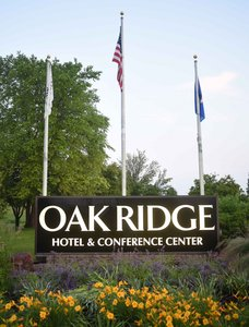 Exterior view - Oak Ridge Hotel Chaska
