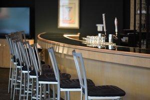 Bar - Oak Ridge Hotel Chaska