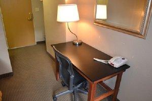 Room - Downtown Value Inn Portland