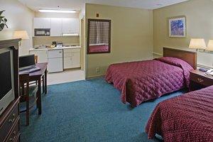 Room - Crossland Economy Studios Spartanburg