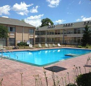 Pool - Waterford Estates Lodge South Bend
