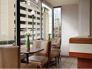 Lobby - Ruby2 Hotel Spokane