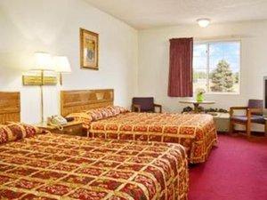 Lobby - Regency Inn & Suites Kimball
